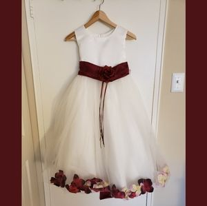 Kid's Dream Flower Girl Dress With Petals